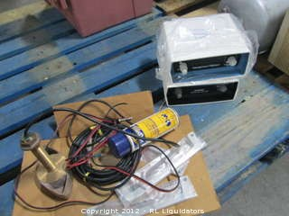 Internation Offshore/Data Marine Model 2700/accessories